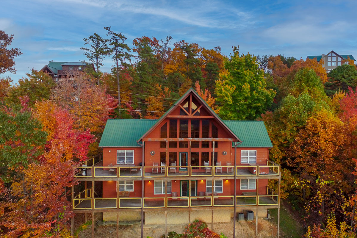 Gatlinburg Cabins with Five Bedrooms Pigeon Forge Rental
