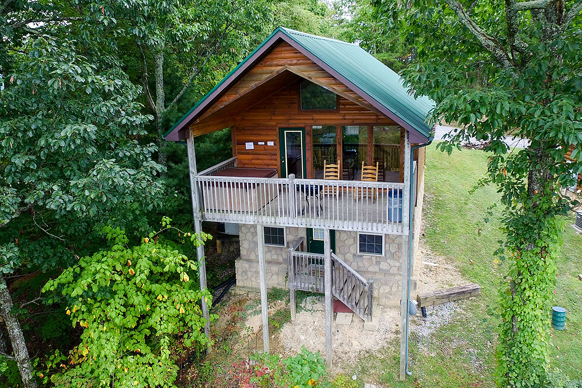 Pigeon Forge & Smoky Mountain Rental Cabins offered by